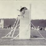Pastor Alemán saltando valla de 2'59m en libro de 1915